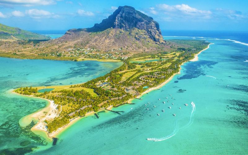 موريشيوس جزيرة الأحلام و الطبيعة الساحرة  الاقتصادي  سياحة  البيان