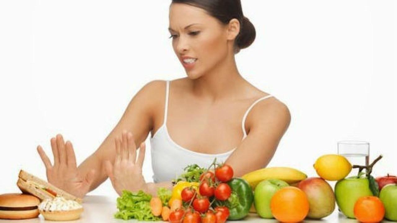 أطعمة ممنوعة خلال الدورة الشهرية عليكي تجنبها  نواعم