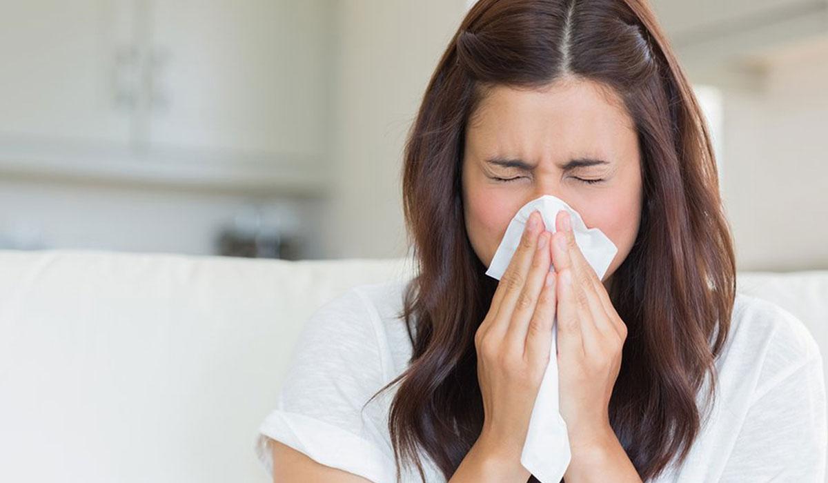 صدور رائحة من الانف.. تعرف على الأسباب و الأعراض المصاحبة و طرق العلاج