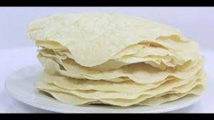 صورة خبز رقاق عربي بالنكهات طري ومظبوط بالخطوات المصوره
