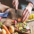 سنة أولى مطبخ.. 10 نصائح تسهل عليكِ طهي الطعام