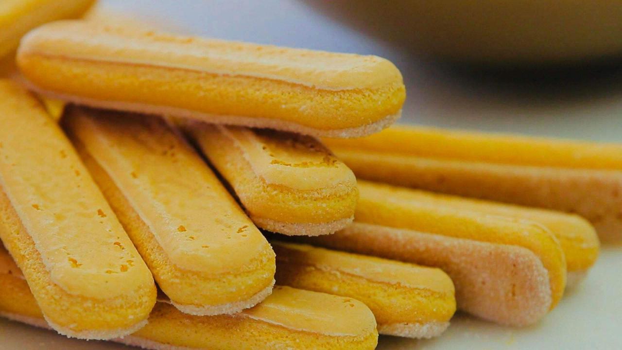 صورة للشاي اصابع الخبز الايطالي البسكتز بالصور