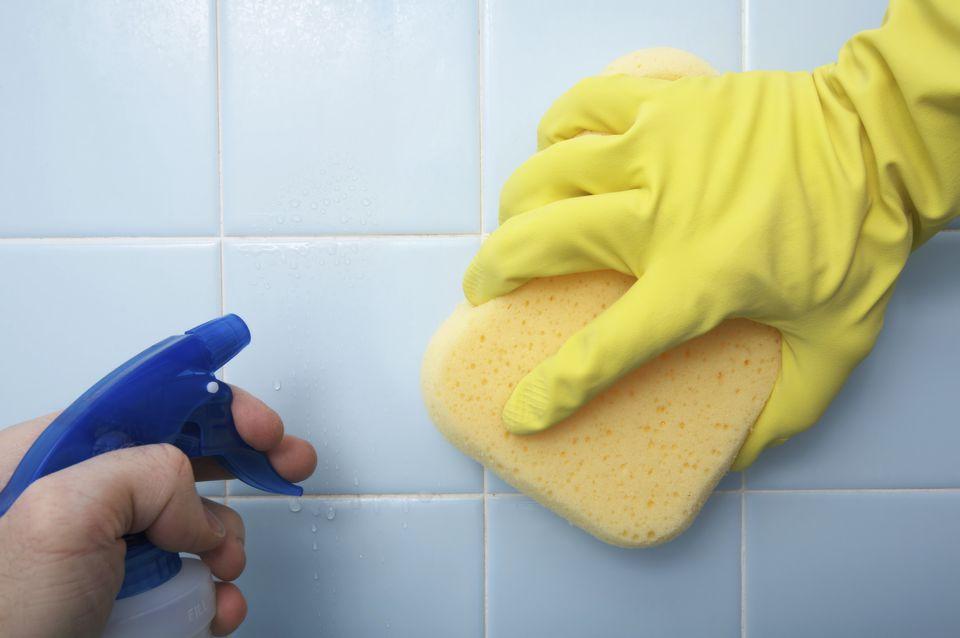 صورة تنظيف السيراميك من الاسمنت الابيض 2630